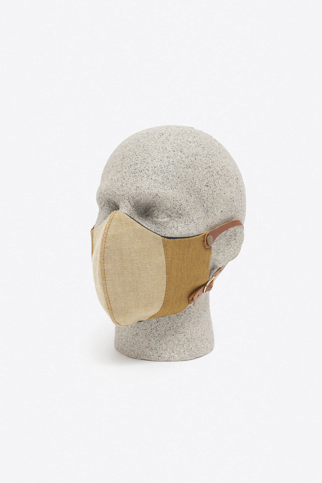 MW – Mask 07
