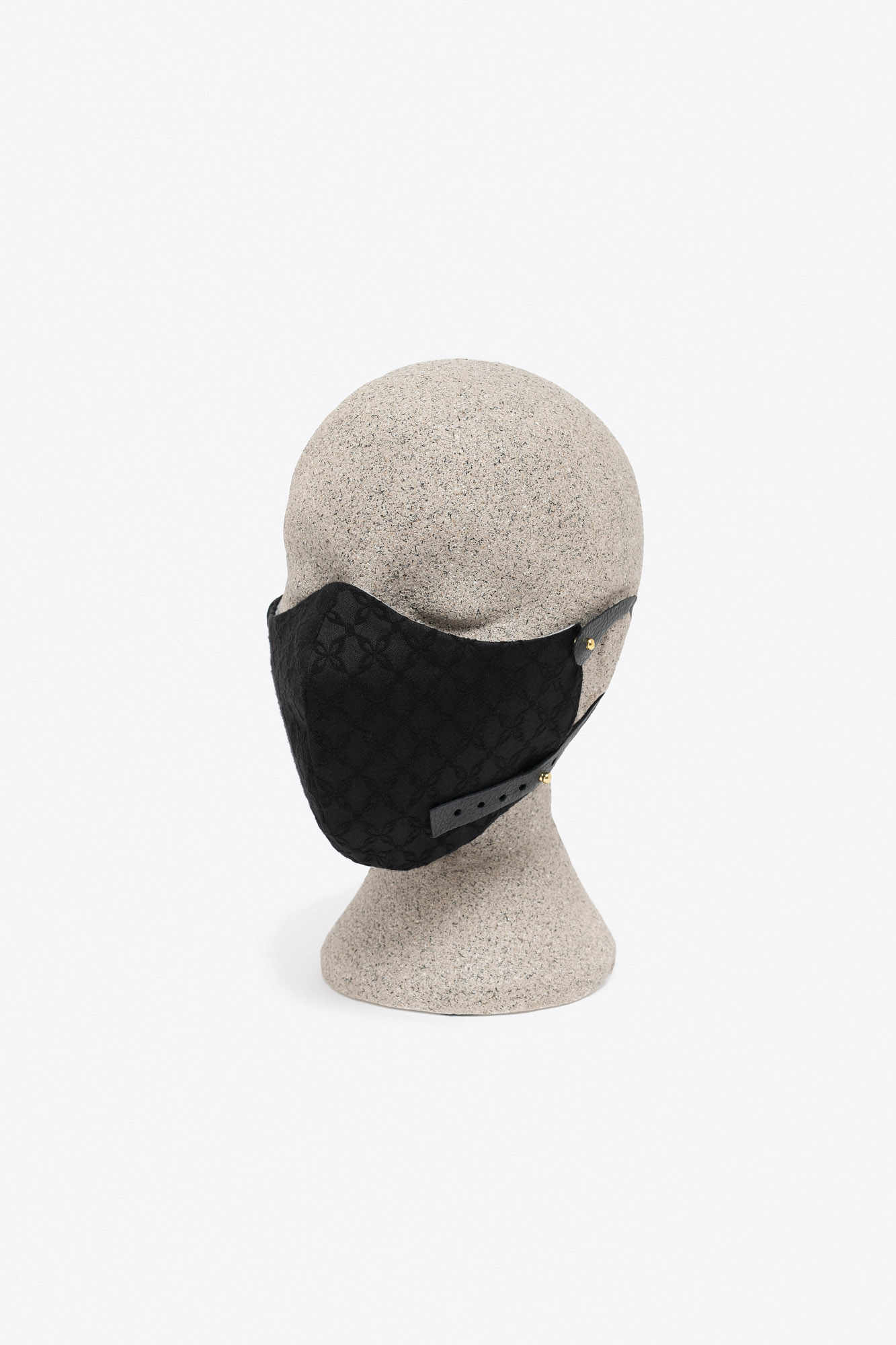 MW – Mask 32